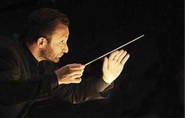 Kirill Petrenko mit flexibler Programmgestaltung
