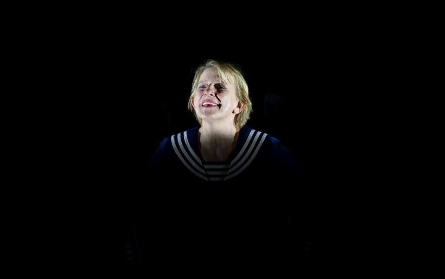 """""""Pierrot Lunaire"""" an der Komischen Oper Berlin: Dagmar Manzel ist die Frau, die alles kann"""